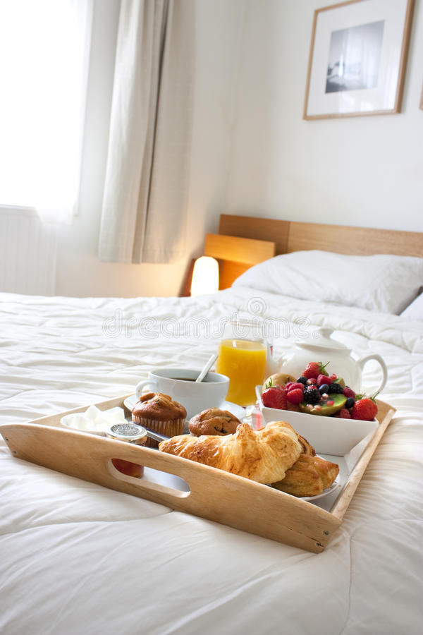 Download Breakfast In Bed Royalty Free Stock Images - Image: 15061819