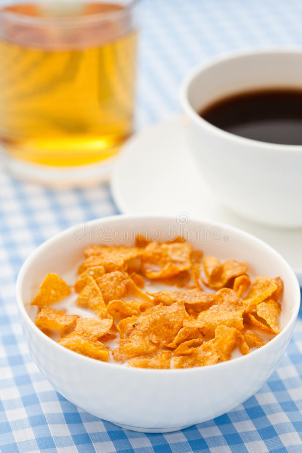 Free Breakfast Cereal With Milk, Coffee And Apple Juice Royalty Free Stock Photography - 13457567