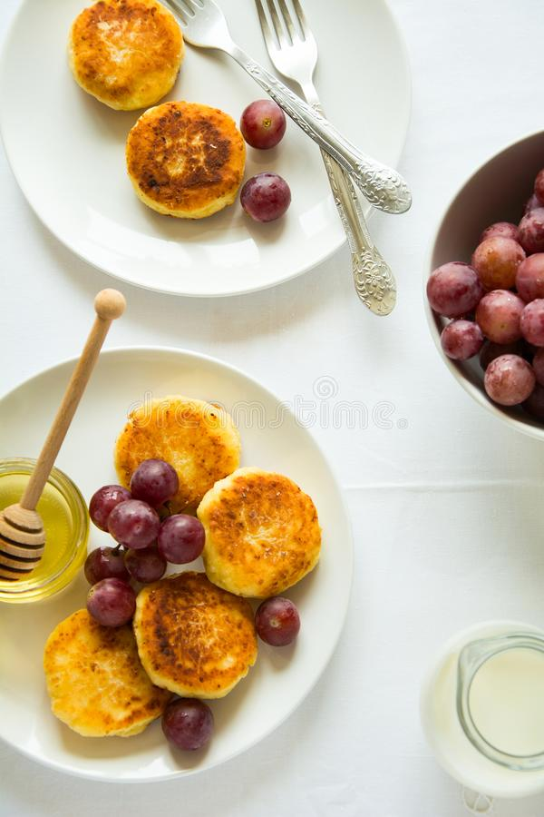 Breakfast With Mini Cheesecakes, Grapes, Cream And Honey ...