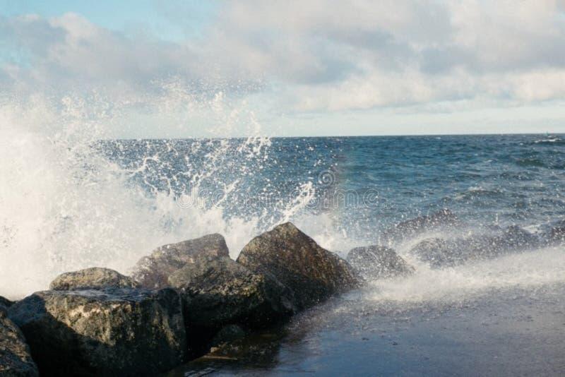 Breaking Waves Free Public Domain Cc0 Image