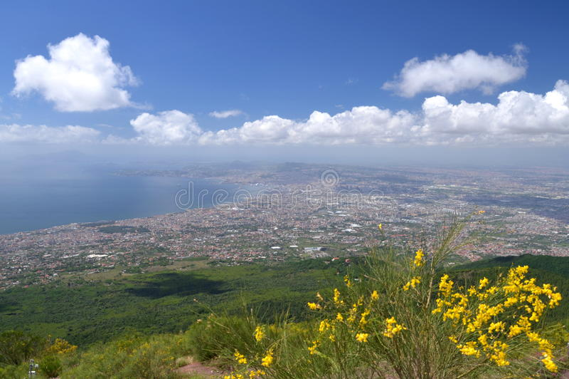 Breathtaking malowniczy krajobraz Naples i zatoka Naples, Włochy zdjęcie stock