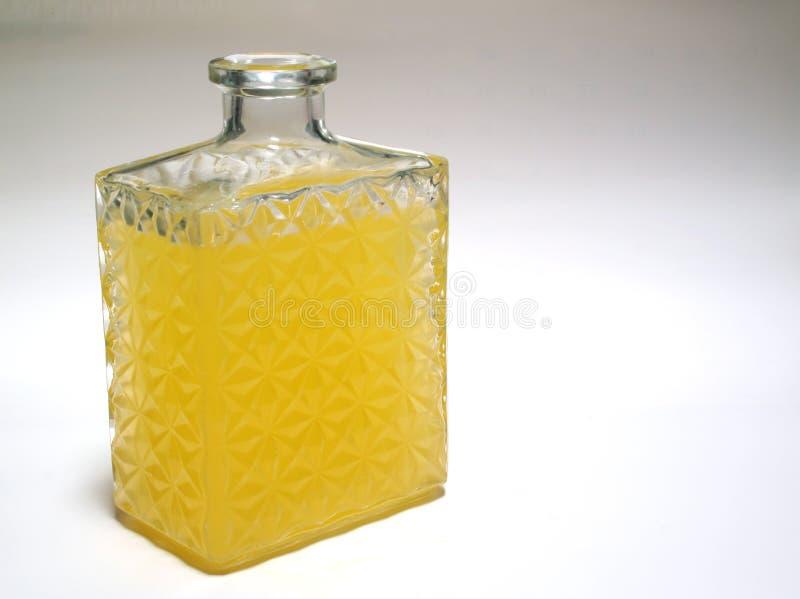 Brebaje amarillo imagen de archivo