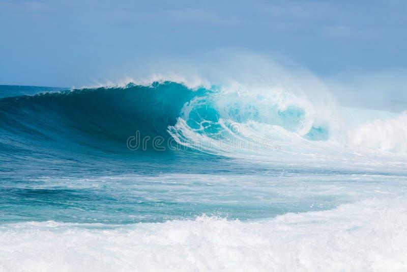 Brechende Wellen stockfoto