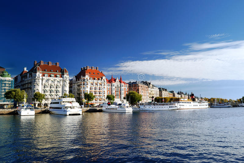 Brede mening over het havendeel van Stockholm royalty-vrije stock fotografie