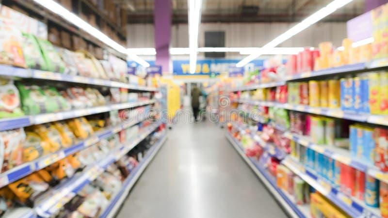 Brede mening vage motie van supermarktwarenhuis in China stock foto