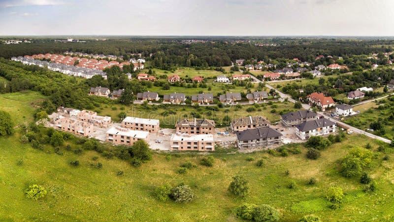 Brede panorama van de bouwplaats van de woning royalty-vrije stock foto