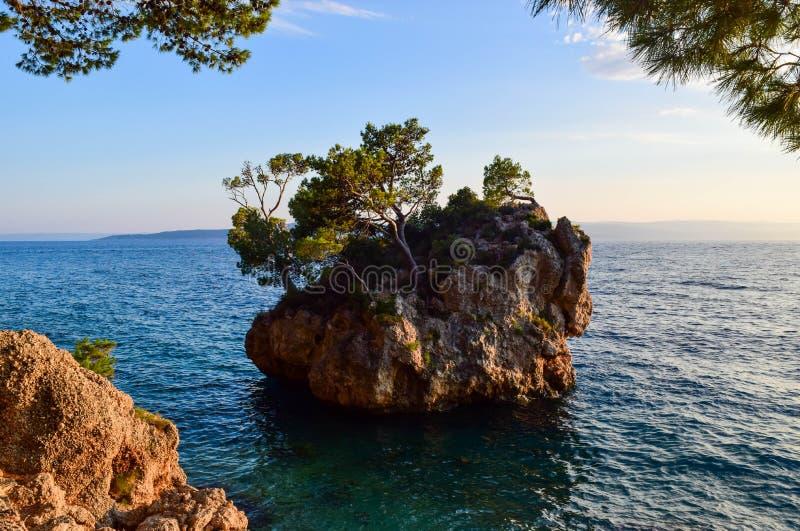 Brela岩石,克罗地亚 库存图片