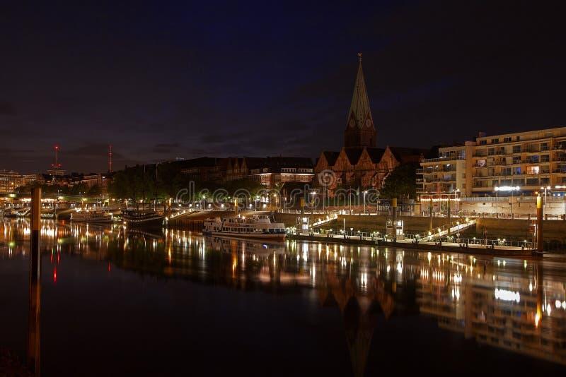 Brema alla notte fotografia stock libera da diritti