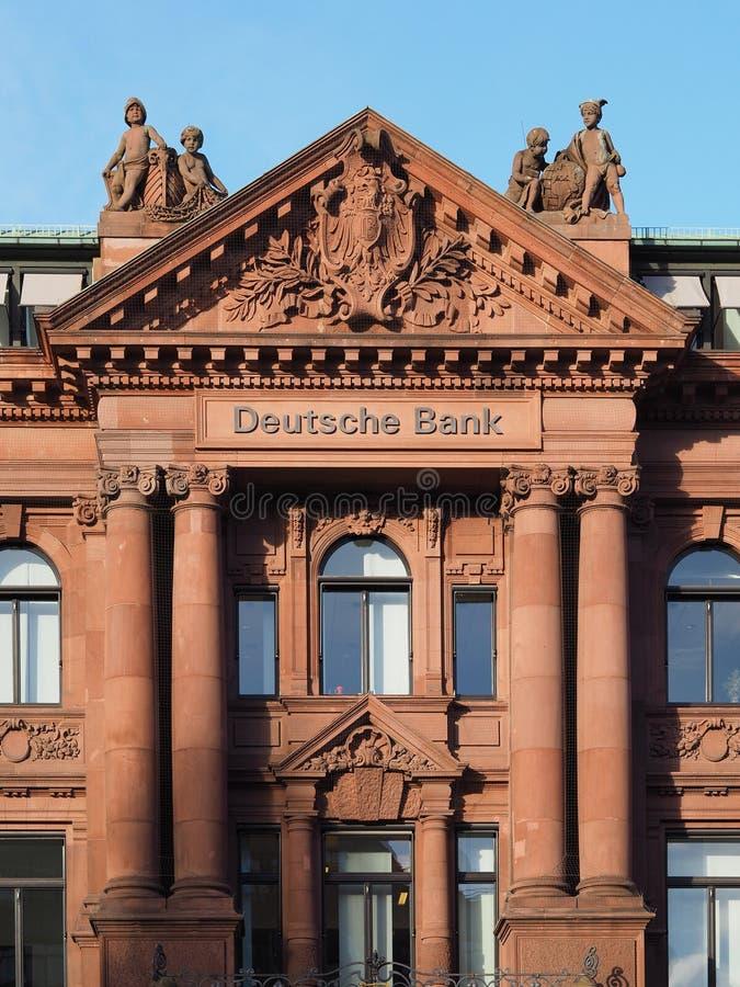 Bremen, Alemania - edificio de oficinas de Deutsche Bank fotografía de archivo libre de regalías