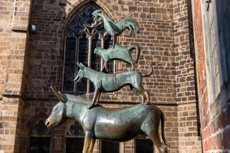 Bremer stadtmusikanten Statuen Bremen Deutschland lizenzfreie stockfotografie