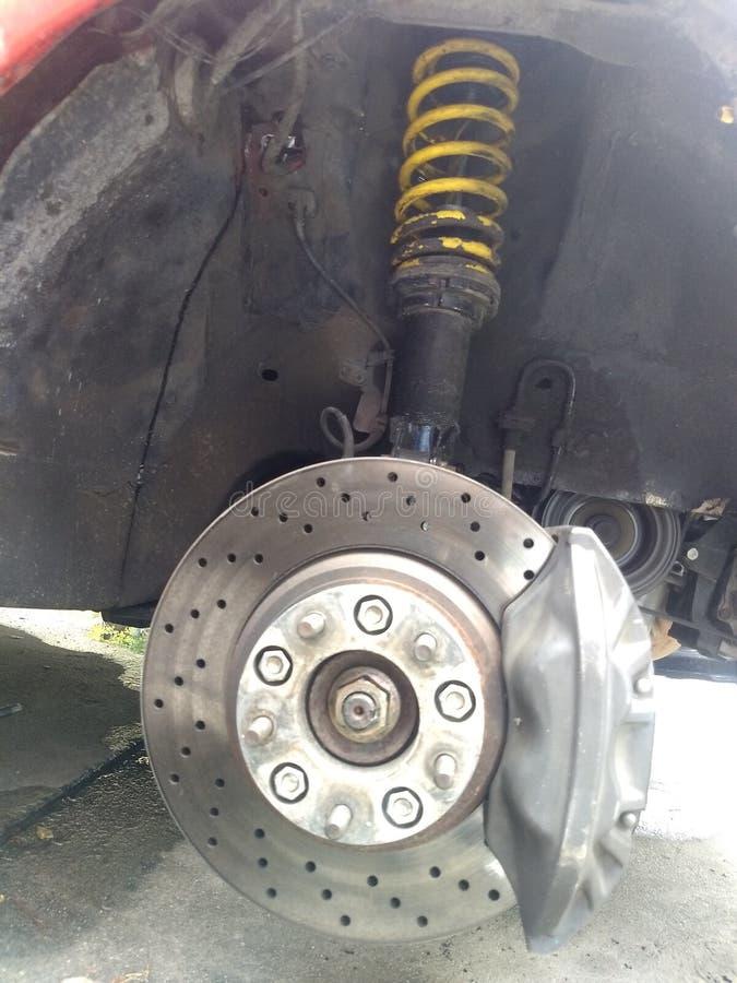 Bremsanlage mit Stoßdämpfer und Suspendierung stockbilder