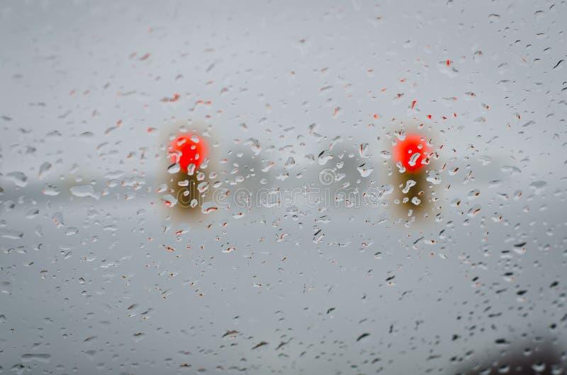 Bremslicht-Regen-Tropfen stockfoto