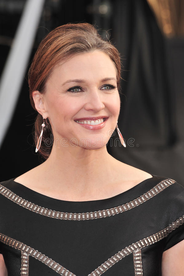 Download Brenda Strong editorial photo. Image of screen, awards - 26360291