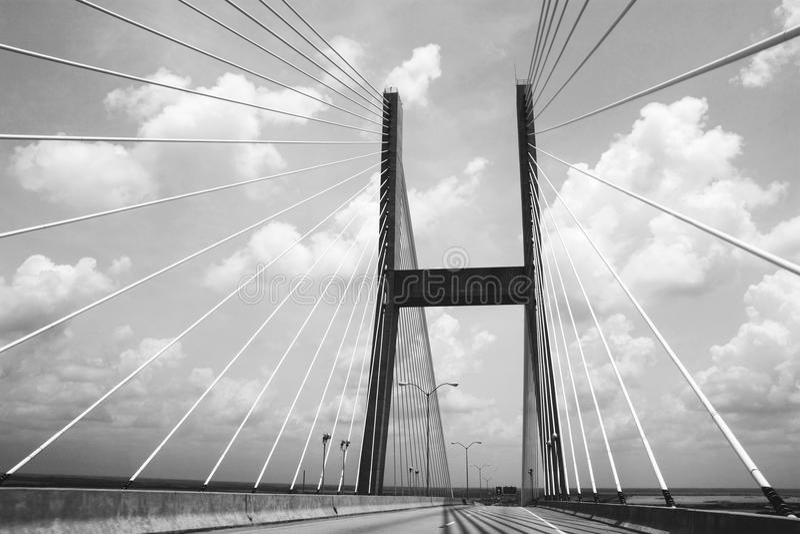 Brennende Brücke stockfoto