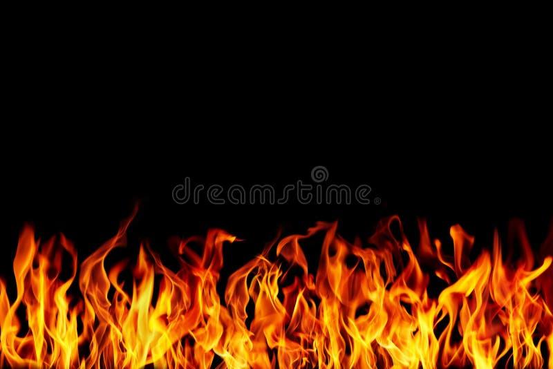 brennendes Feuer mit Raum lizenzfreies stockbild
