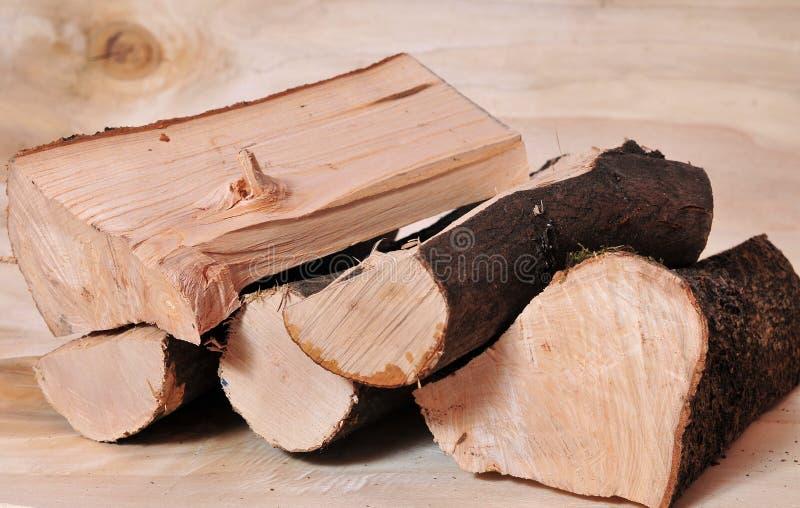 Brennholzkraftstoffenergie lizenzfreie stockfotografie