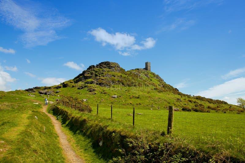 BrenTor is een piek op de westelijke rand van Dartmoor, ongeveer vier mijlen van ( 6 5 km) het noorden van Tavistock royalty-vrije stock foto