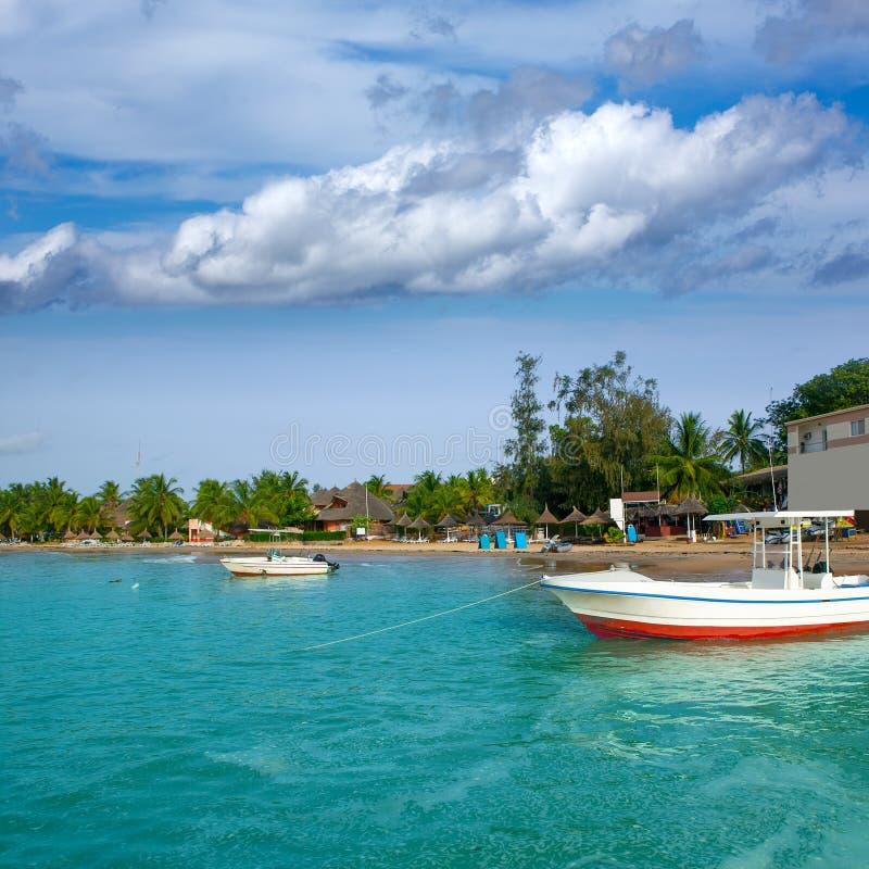 Brenzlige Stelle Afrikas Saly Senegal des Segelfischfischens stockbild