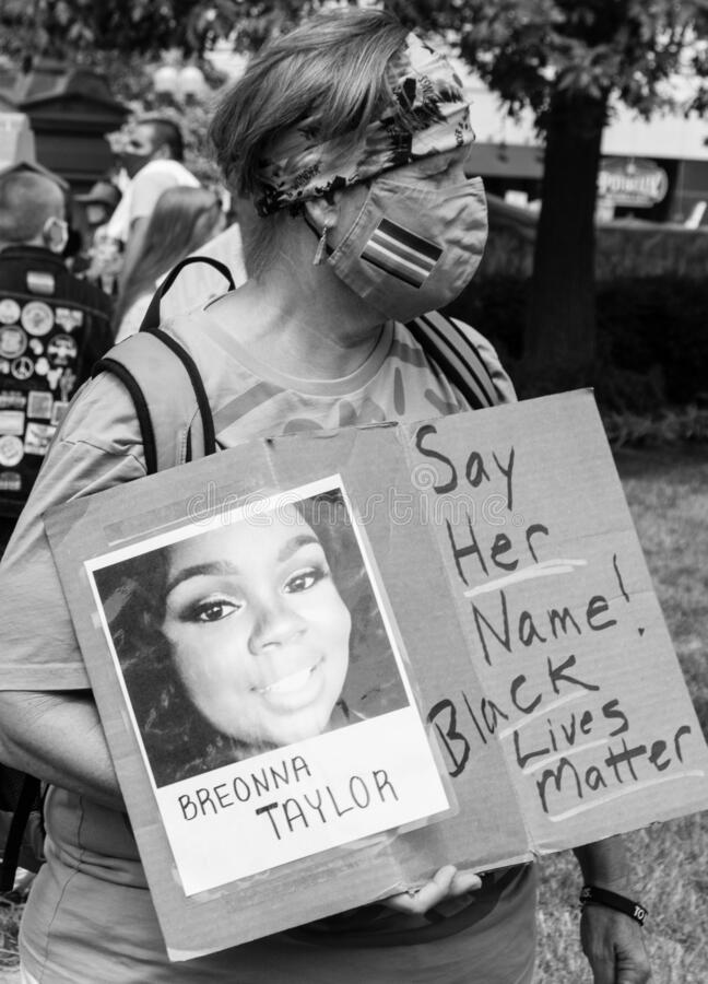 Free Breonna Taylor Say Her Name Sign At A Protest In Downtown Columbus Ohio Stock Image - 188103471