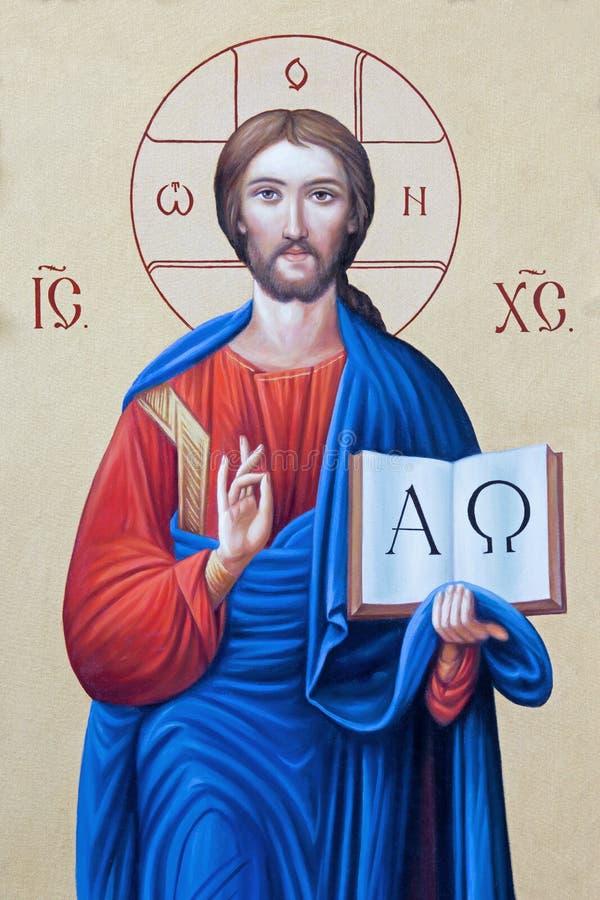 BRESCIA ITALIEN, 2016: Symbolen av Jesus Christ Pantokratoren i presbyteriet av kyrkliga Chiesa di Angela Merici arkivfoto
