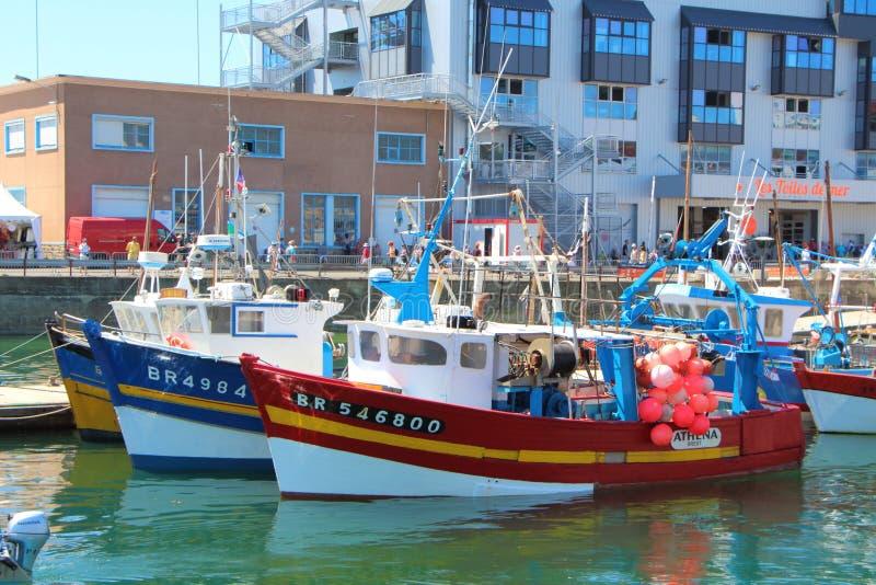 BREST FRANCJA, LIPIEC, - 18: Trawlery w Brest ukrywają, Lipiec 18, 2016 fotografia stock