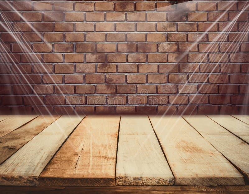 Bretterboden- und Backsteinmauerhintergrund stockfotografie