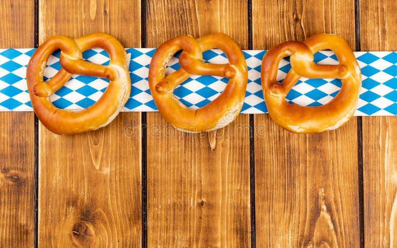Bretzel traditionnel pour un oktoberfest image libre de droits
