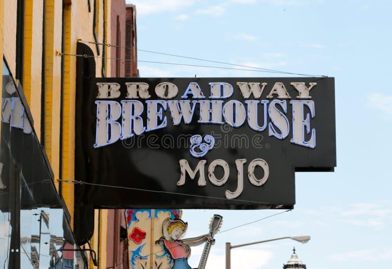 Brewhouse Broadway & σχάρα Mojo, στο κέντρο της πόλης Νάσβιλ Τένεσι στοκ εικόνα