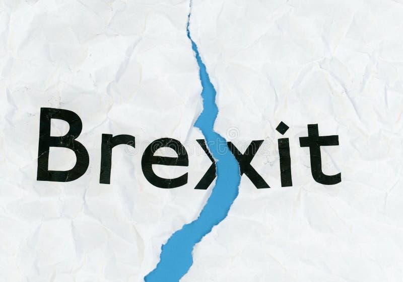 Brexit op gescheurd document stock foto