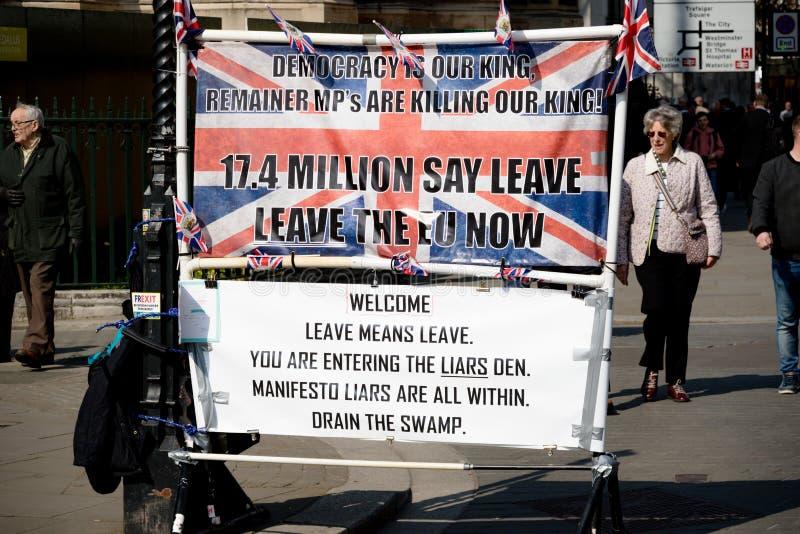 Brexit-Tagesprotest in London lizenzfreie stockfotos