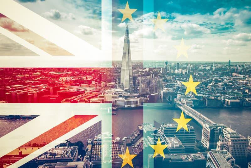 Brexitconcept - Union Jack-vlag en de EU-vlag over iconi wordt gecombineerd die vector illustratie