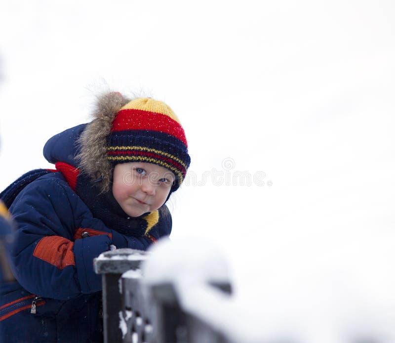 bridżowa dziecka spojrzenia zima ty fotografia royalty free