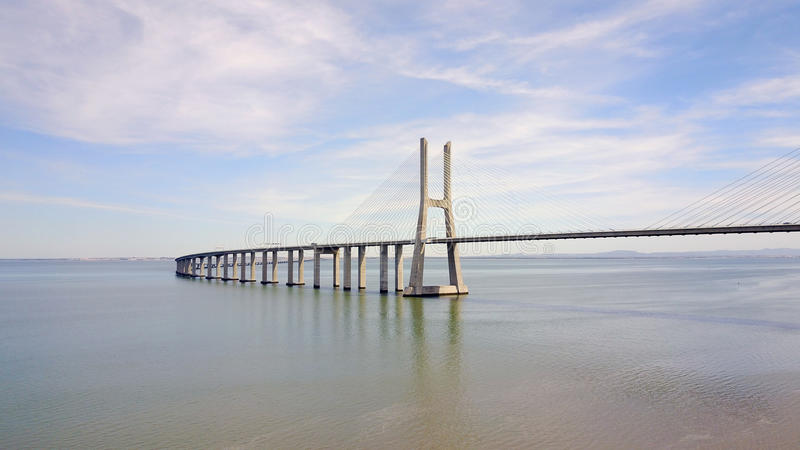 Bridżowego Lisbon Portugalia, Vasco da, - gamma obrazy stock