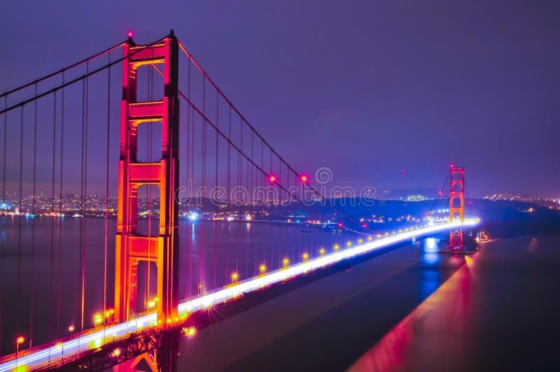 bridżowej bramy złota noc fotografia royalty free