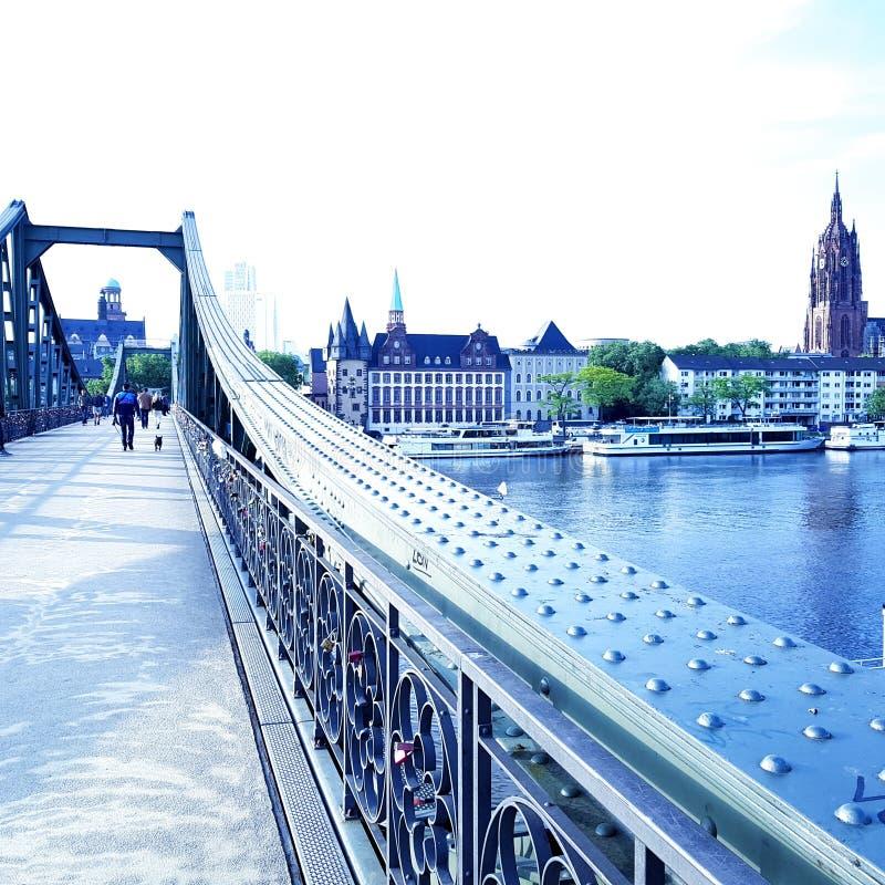 bridżowy Frankfurt obrazy stock