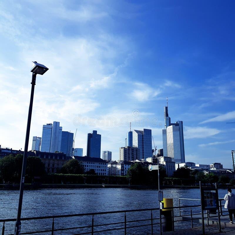 bridżowy Frankfurt zdjęcia stock