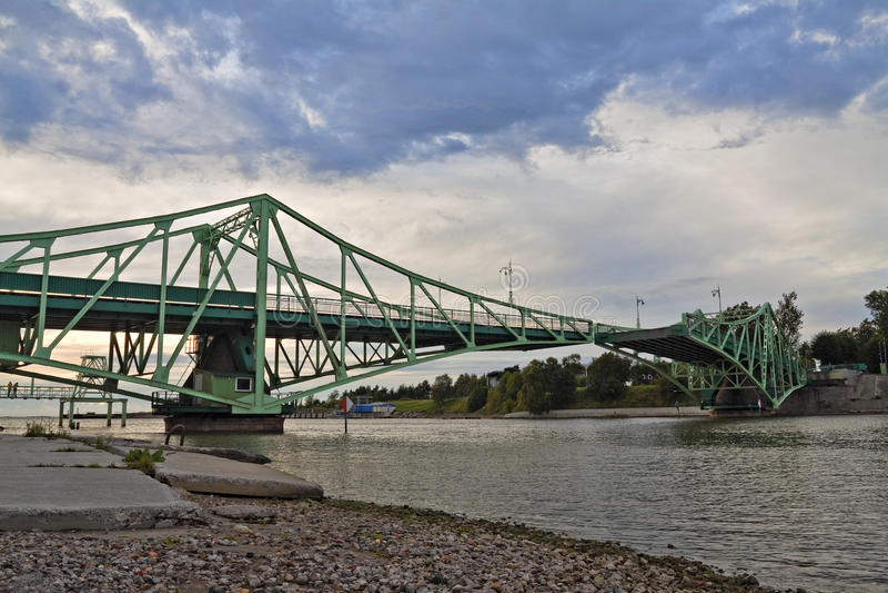 bridżowy Latvia liepaja udźwig fotografia royalty free