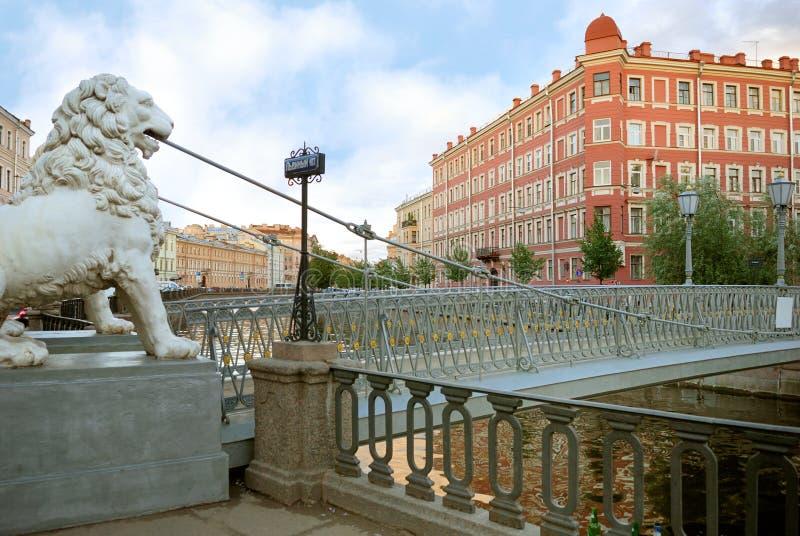 bridżowy lwa Petersburg święty obraz stock