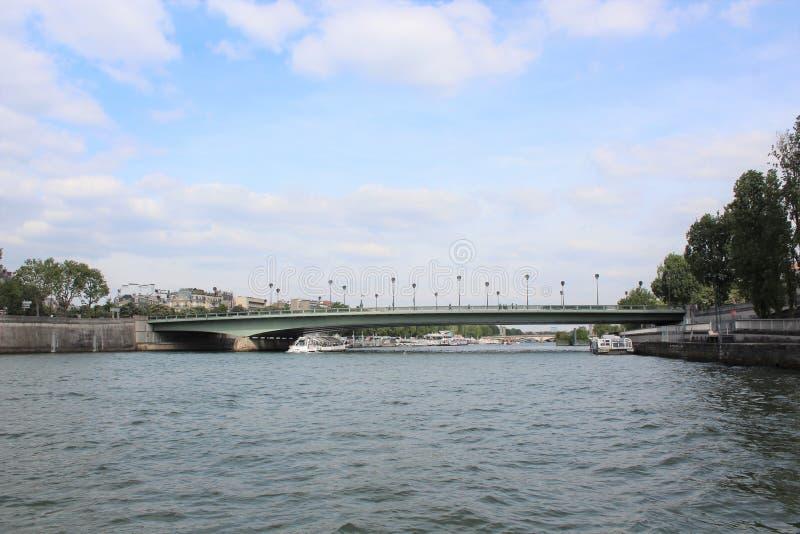 bridżowy nowożytny Paris rzeki wonton fotografia royalty free