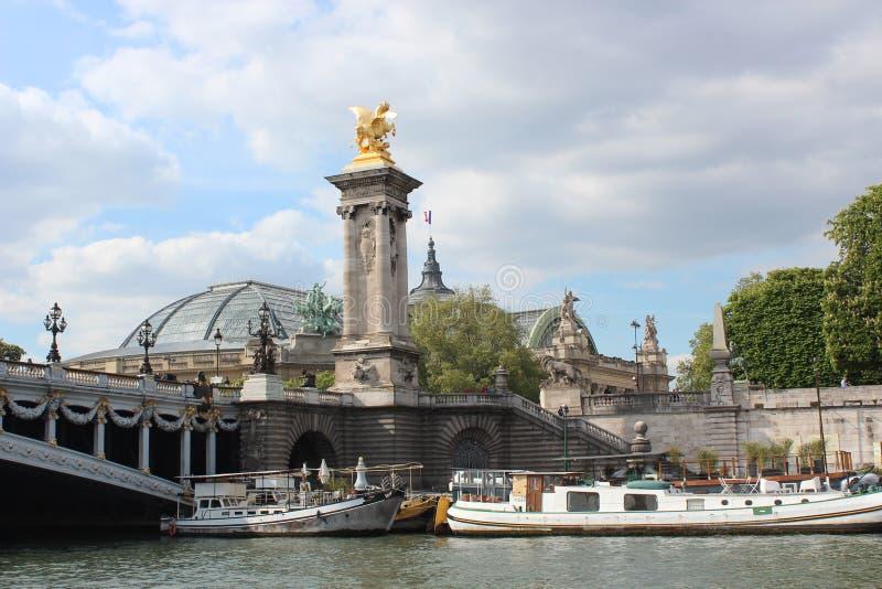 bridżowy nowożytny Paris rzeki wonton zdjęcia stock