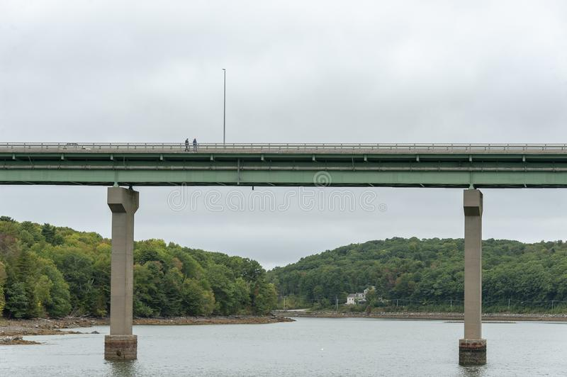 Bridżowy przespacerowanie w Belfast, Maine obraz royalty free