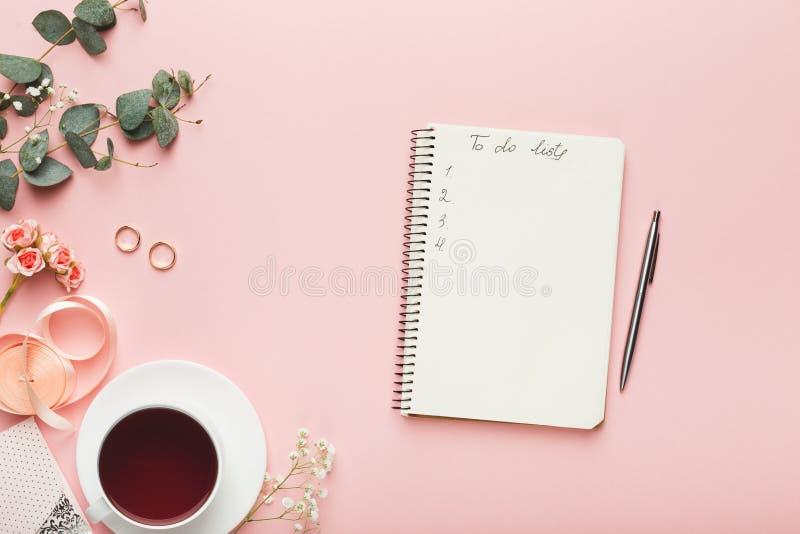 Bridal предпосылка с контрольным списоком плановика стоковые фотографии rf