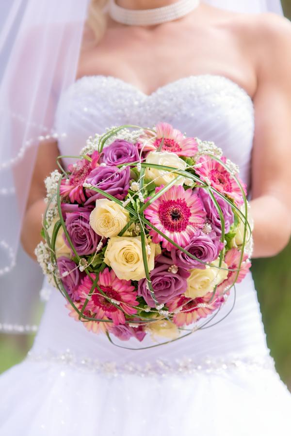 Free Bridal Bouquet Royalty Free Stock Images - 48110619