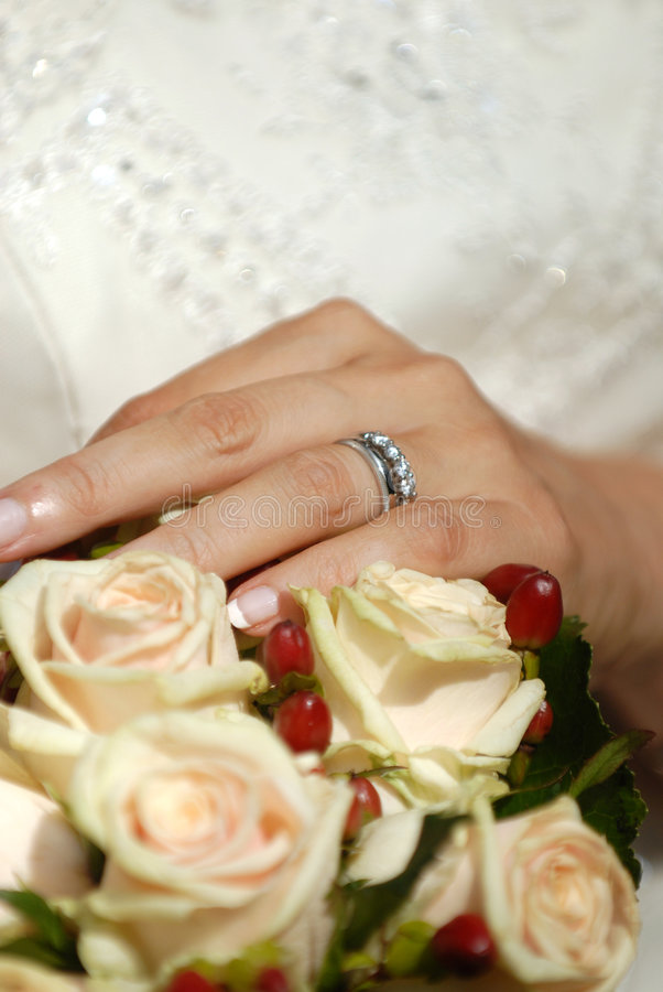 Free Bridal Bouquet And Rings Stock Photo - 3574740
