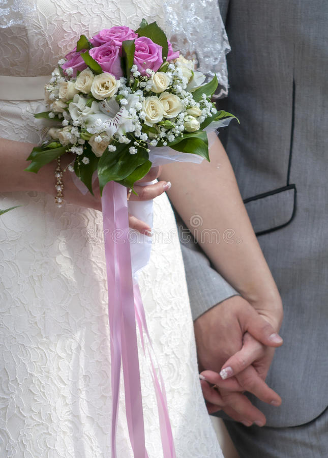 Download Bridal bouquet stock image. Image of bridal, flowers - 33813563