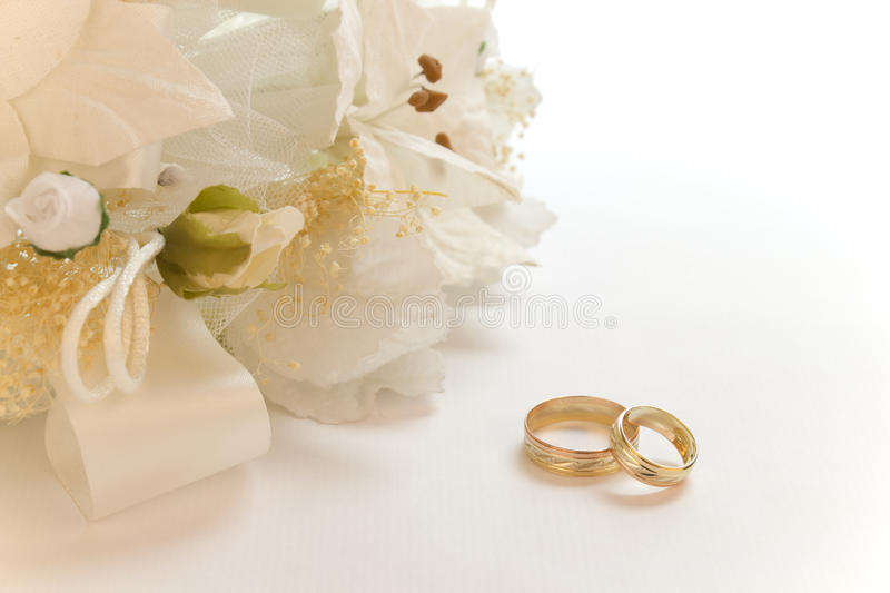 Download Bridal Bouquet With Wedding Rings Stock Photo - Image: 28933800