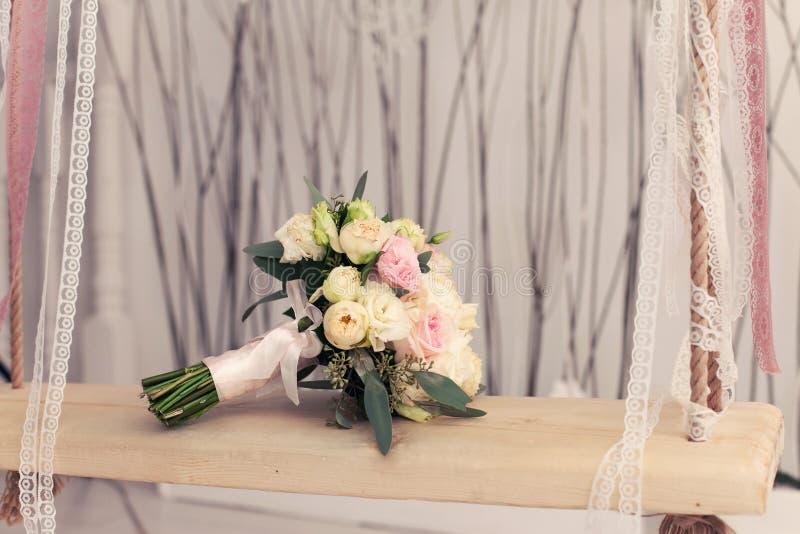Bridal bukiet od róż obrazy stock