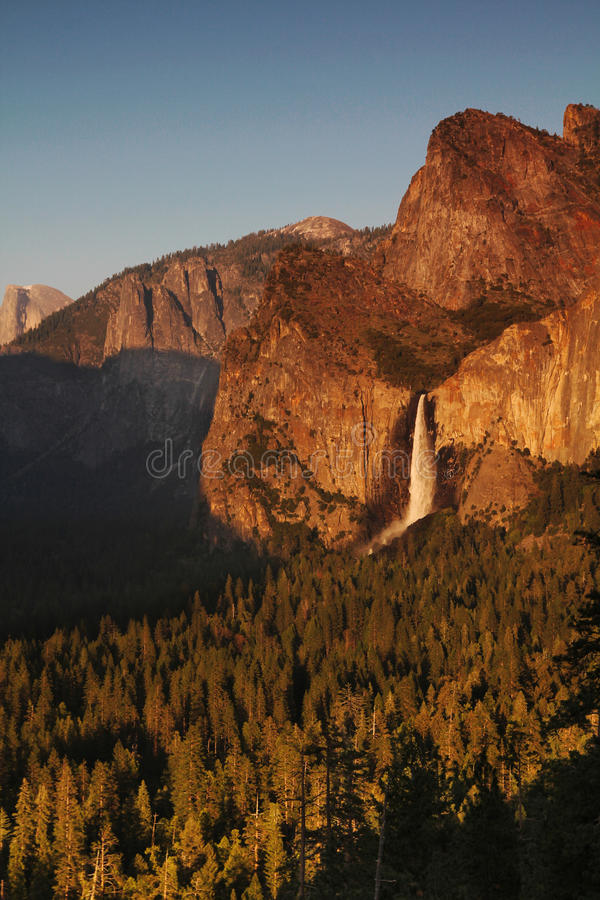 Download Bridal veil fall stock photo. Image of states, national - 32651090
