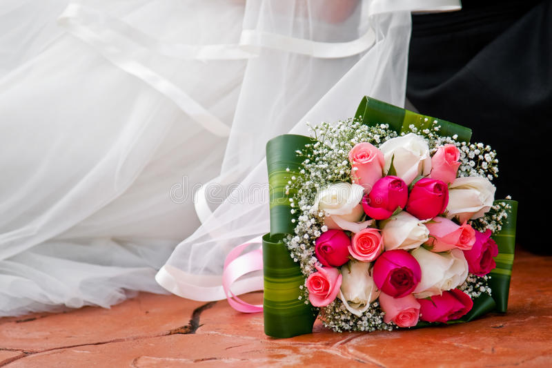 Download Bride Bouquet On Floor Royalty Free Stock Photos - Image: 17133108