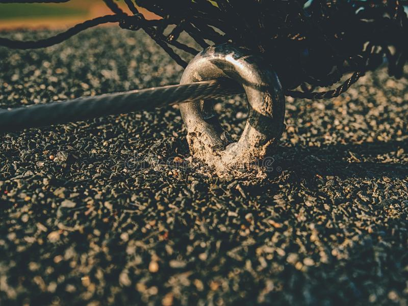Bride de corde de fil d'acier et collier en métal image libre de droits